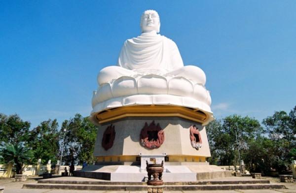 pagode-Long-Son-nha-trang